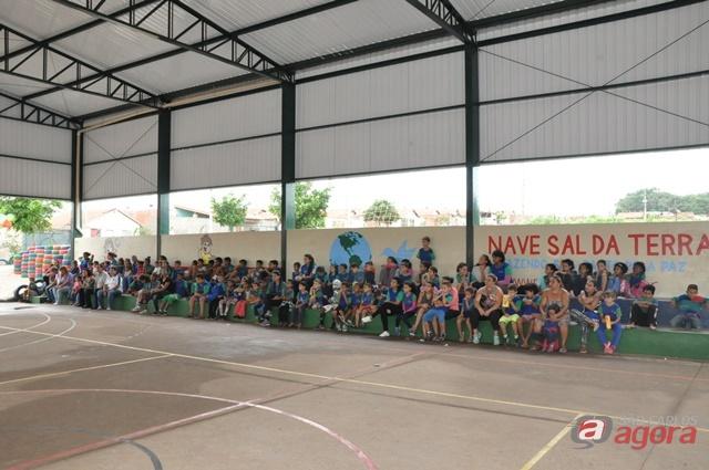 Comunidade do Zavaglia ganha quadra coberta -