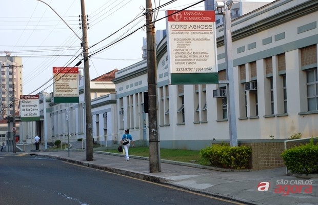 Santa Casa de São Carlos está recebendo currículos  -