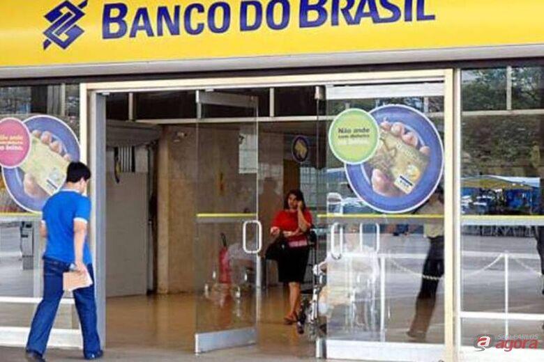 Confira o horário de funcionamento dos bancos e do Poupatempo nesta terça-feira -