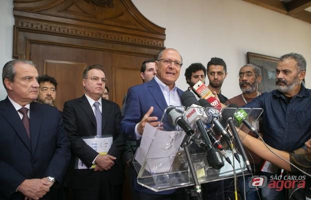 Alckmin anuncia reajuste salarial de 3,5% para os servidores públicos -