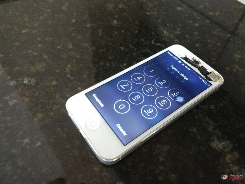 PM flagra estudante com celular roubado -