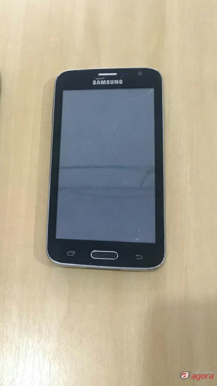 Jovem é flagrado com celular furtado no Cruzeiro do Sul -