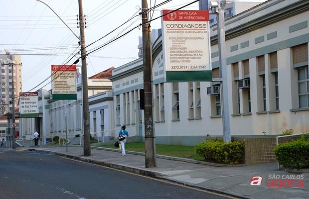 Santa Casa de São Carlos recebe currículos  -