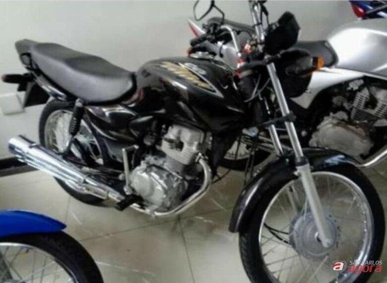 Proprietário pede ajuda para encontrar moto que foi furtada no Parque Primavera -