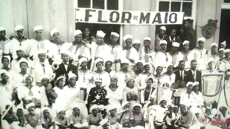 """Foto: GRFlor de Maio/Arquivo Histórico/Reprodução """"Café, Indústria e Conhecimento – São Carlos, uma história de 150 anos"""" -"""