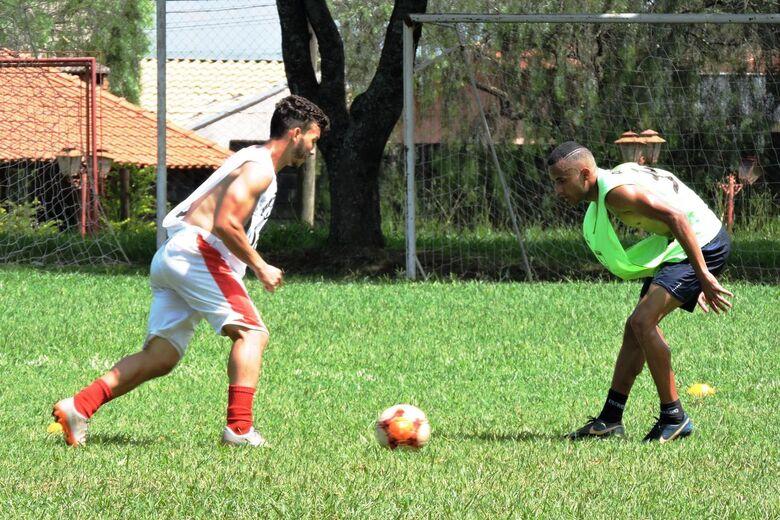 Grêmio São-carlense treina com elenco sub23 há cerca de um mês - Crédito: Gustavo Curvelo/Divulgação