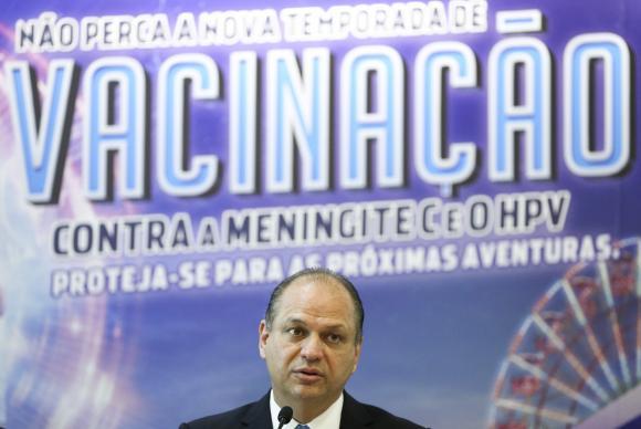 """""""A campanha está completamente de acordo com a mudança de foco que estamos implantando no Ministério da Saúde, que é priorizar a prevenção"""", avaliou o ministro da Saúde, Ricardo Barros. - Crédito: Marcelo Camargo/Agência Brasil"""