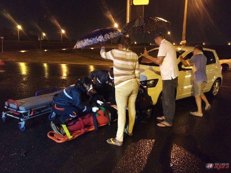 Mulher é atropelada por carro no Jardim Dona Júlia -