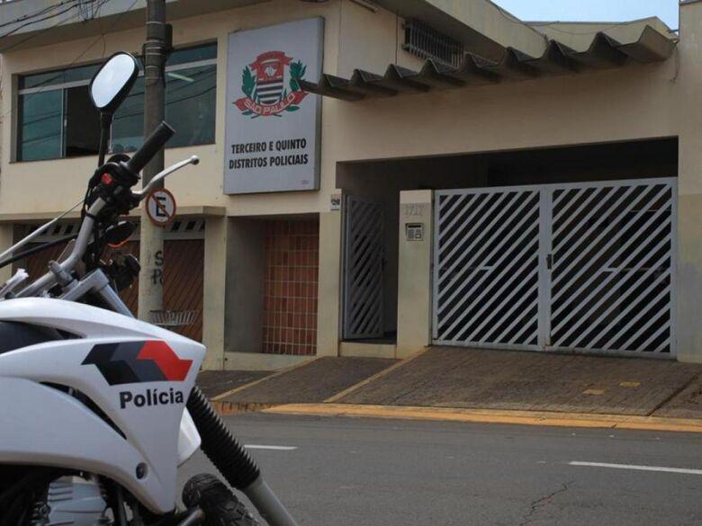Posto de combustíveis é alvo de ladrões na Miguel Petroni -