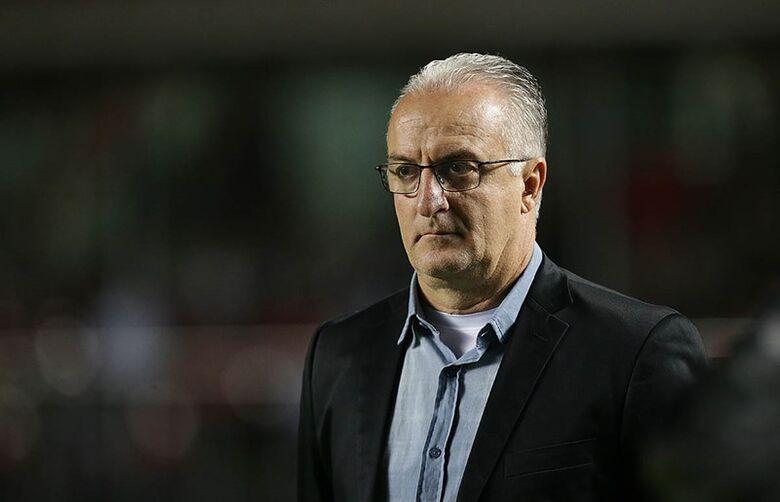 Derrota para o Palmeiras provoca demissão de Dorival Júnior -