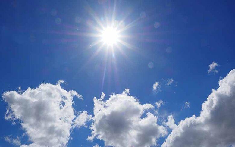 Semana começa com calor e com previsão de pancadas de chuva no final da tarde -
