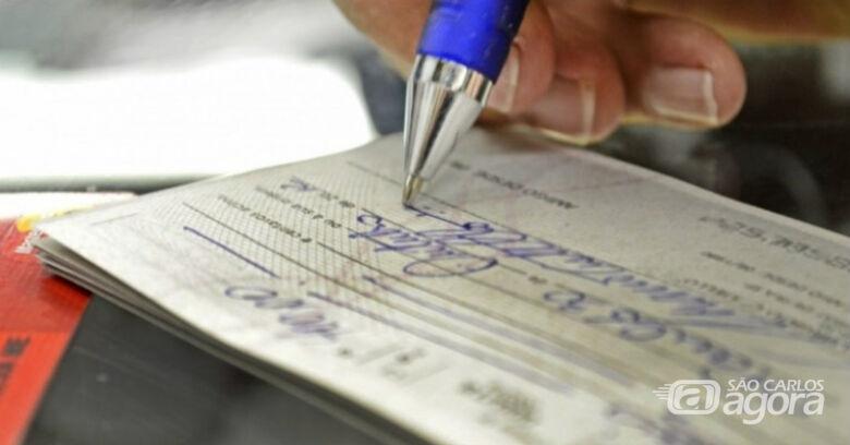 Cheques de qualquer valor passam a ser compensados em um dia útil -