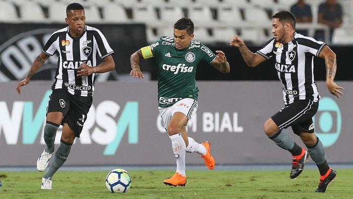 Dudu teve apenas uma atuação regular no empate palmeirense - Crédito: Cesar Greco/Agência Palmeiras/Divulgação