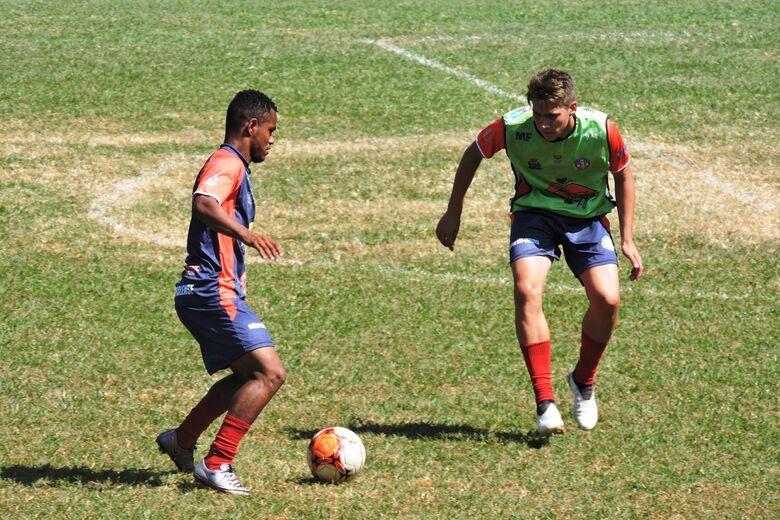 Equipe profissional enfrenta o Comercial no Luisão - Crédito: Gustavo Curvelo/Divulgação