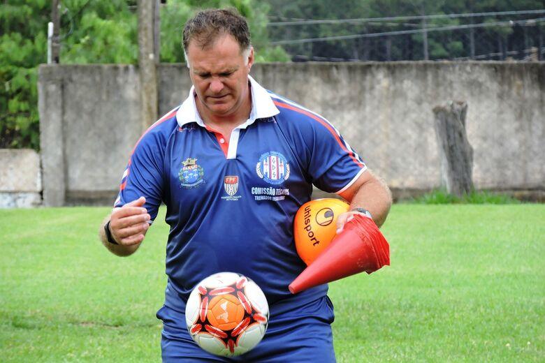 Preparador de goleiros tem comandado treinos para a partida contra o Comercial - Crédito: Gustavo Curvelo/Divulgação