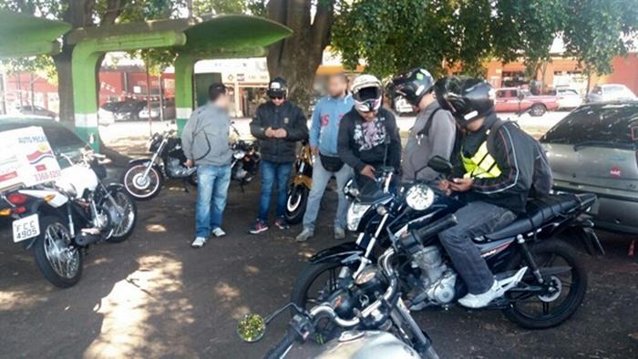 Motoboys organizam protesto contra preço dos combustíveis -