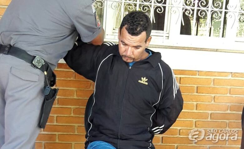 Homem passa faca no pescoço da mulher e agride enteada - Crédito: Maycon Maximino