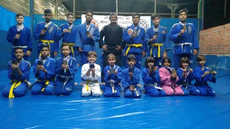 Equipe são-carlense fez bonito no Campeonato Brasileiro de Jiu-Jitsu - Crédito: Divulgação