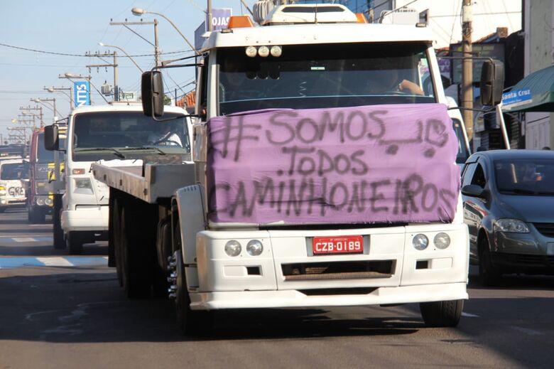 """""""Somos Todos Caminhoneiros"""": movimento 'corta o coração' de São Carlos - Crédito: Maycon Maximino"""