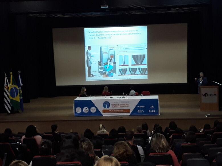 Atividades apresentaram tecnologias voltadas à Gerontologia - Crédito: Gisele Bicaletto - CCS/UFSCar
