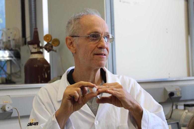 Inventor responsável pela tecnologia, Oscar Peitl, do LaMaV - Crédito: Tatiane Liberato
