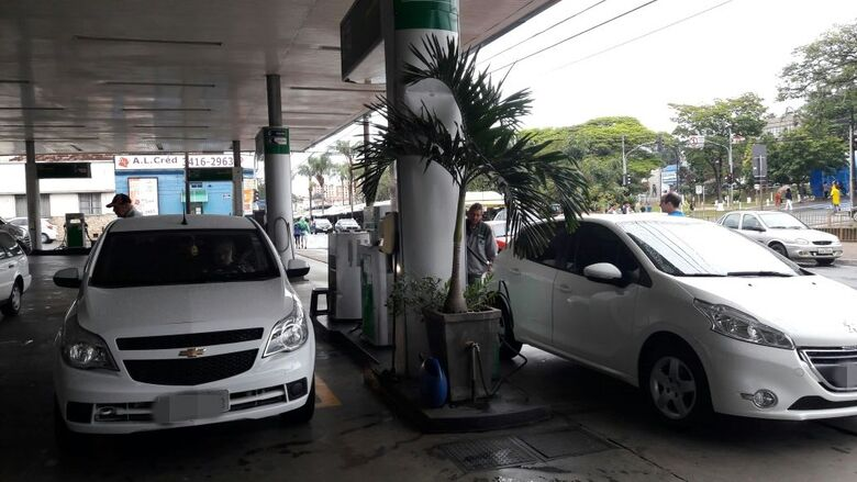 Protesto para baixar o preço dos combustíveis continuará no final de semana - Crédito: Divulgação