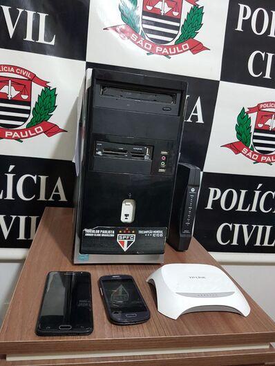 Adolescente é detido em São Carlos durante operação nacional contra pedofilia - Crédito: Foto Luciano Lopes