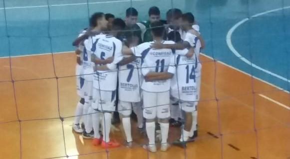 Futsal são-carlense fez bonito em Limeira: duas vitórias - Crédito: Divulgação