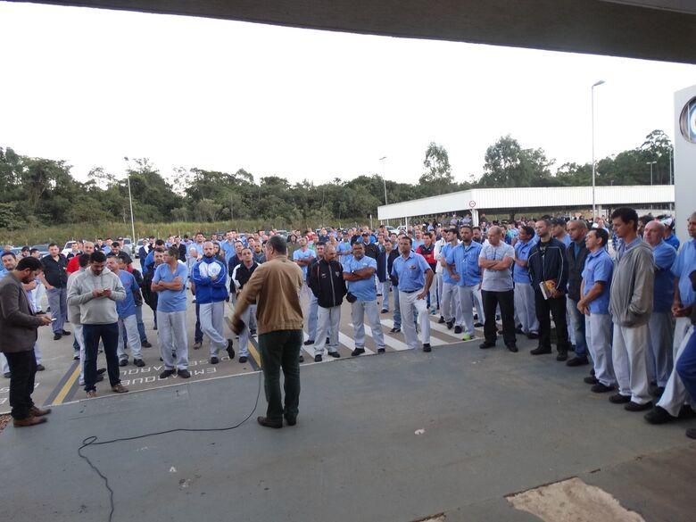 Encontro na Volks e 800 trabalhadores pararam sem previsão de retorno - Crédito: Divulgação
