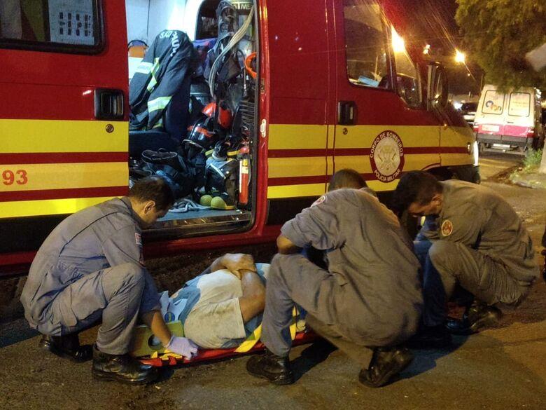 Motociclista sofre acidente na Trabalhador São-Carlense - Crédito: Foto Luciano Lopes