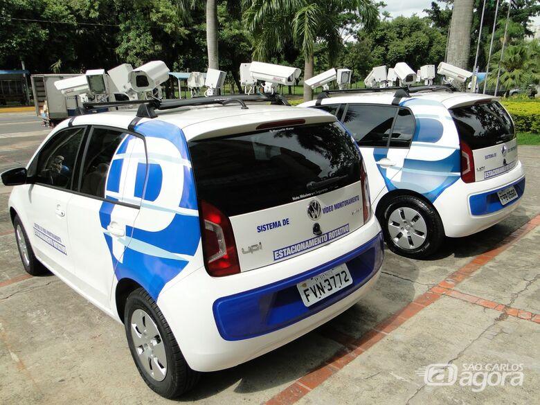 Carro que fiscaliza Área Azul deixa de operar em São Carlos -