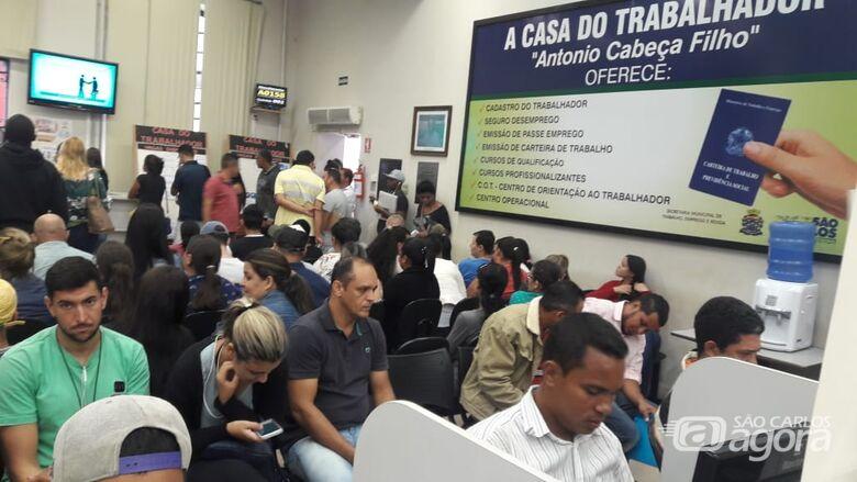 Casa do Trabalhador encaminha 587 pessoas para a Rede Atacadista que vai inaugurar em São Carlos -