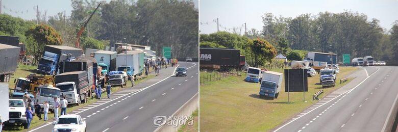 Caminhoneiros deixam ponto de paralisação em São Carlos - Crédito: Maycon Maximino