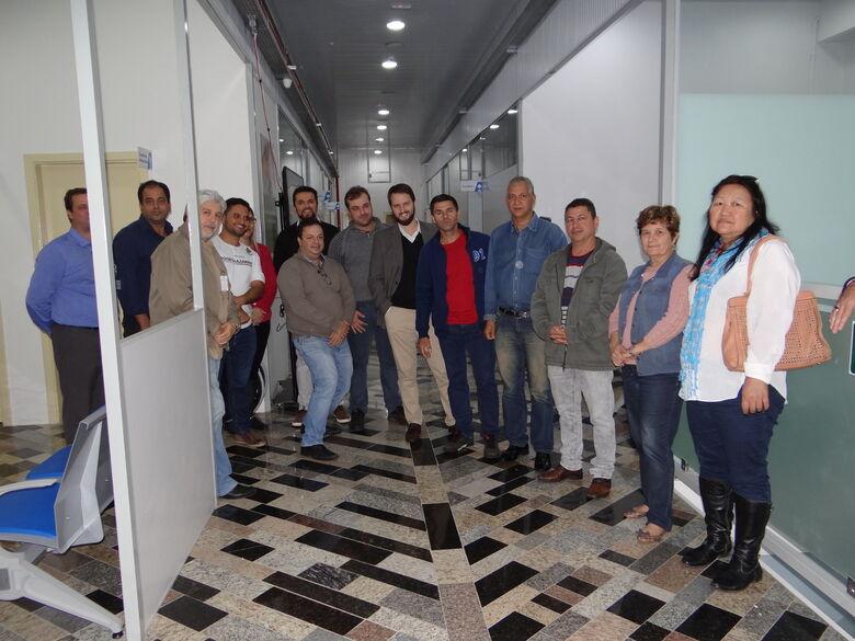 Vereadores e autoridades em visita ao AME na última segunda-feira - Crédito: Divulgação