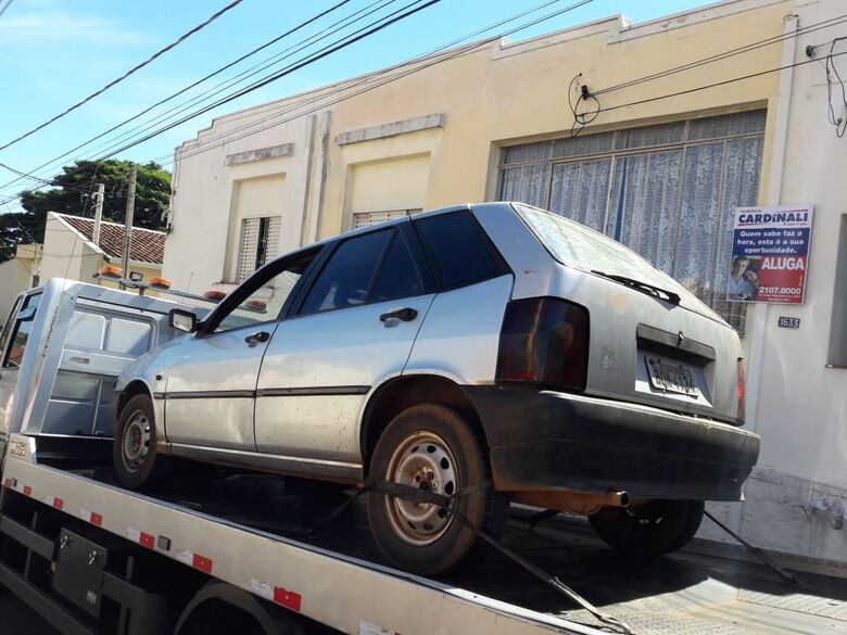 Carro com queixa de estelionato é apreendido pela PM - Crédito: Maycon Maximino