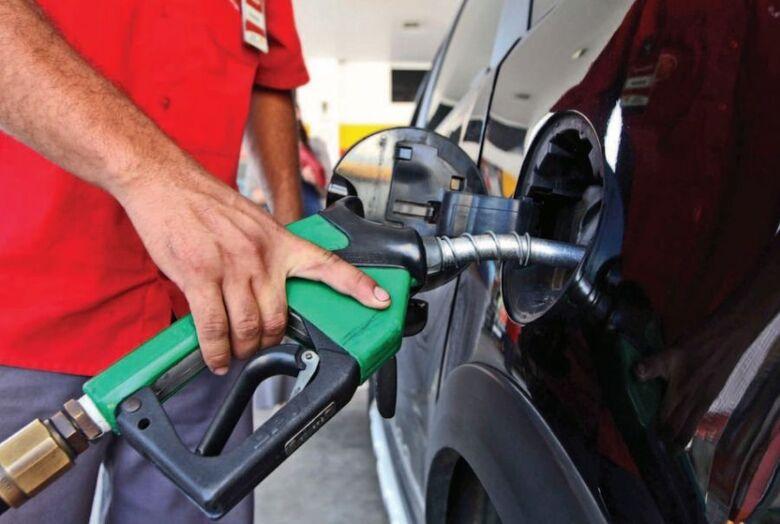 Petrobras elevará preços do diesel e da gasolina a novas máximas a partir de hoje (17) - Crédito: Agência Brasil