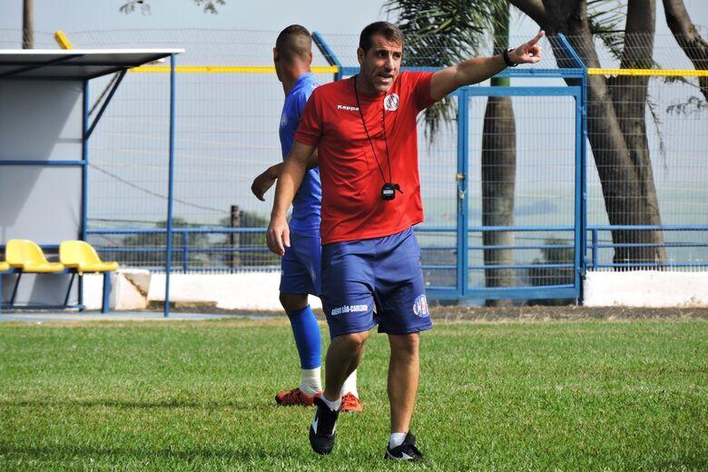 Florentino já iniciou trabalho; Lobão enfrenta o Jaguariúna no final de semana - Crédito: Gustavo Curvelo/Divulgação