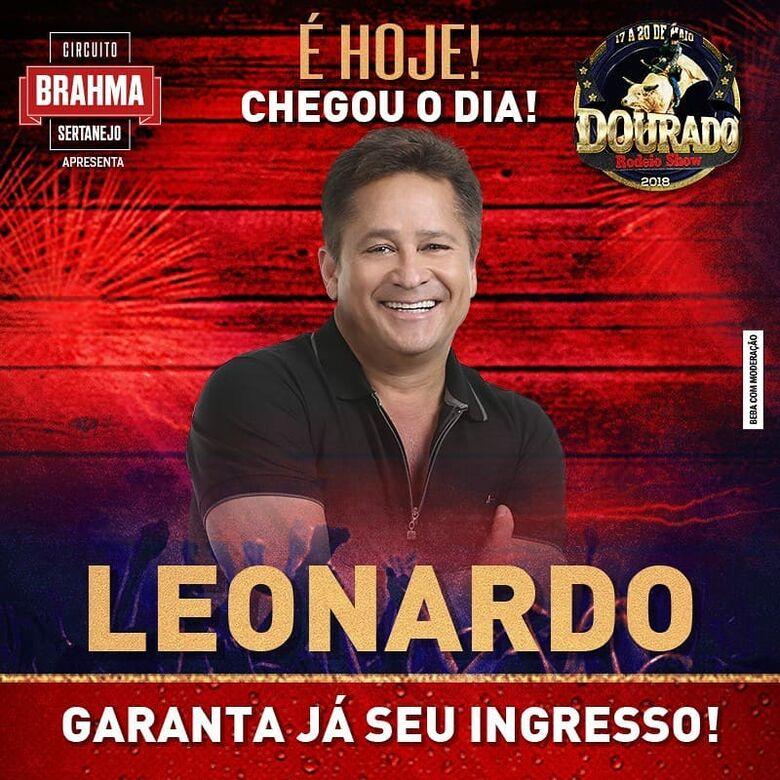 Leonardo, Pedro Paulo & Alex e Guilherme e Santiago agitam o Rodeio de Dourado -