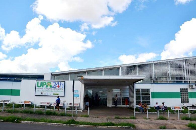 Médicos residentes em outras cidades e que atendem nas UPAs sofrem com a falta de combustíveis -