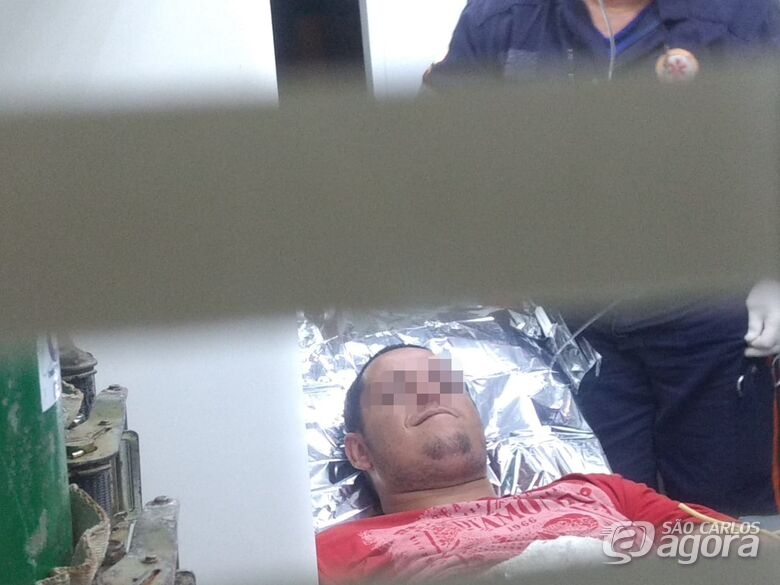 Homem é vítima de esfaqueamento no Santa Felícia - Crédito: Luciano Lopes