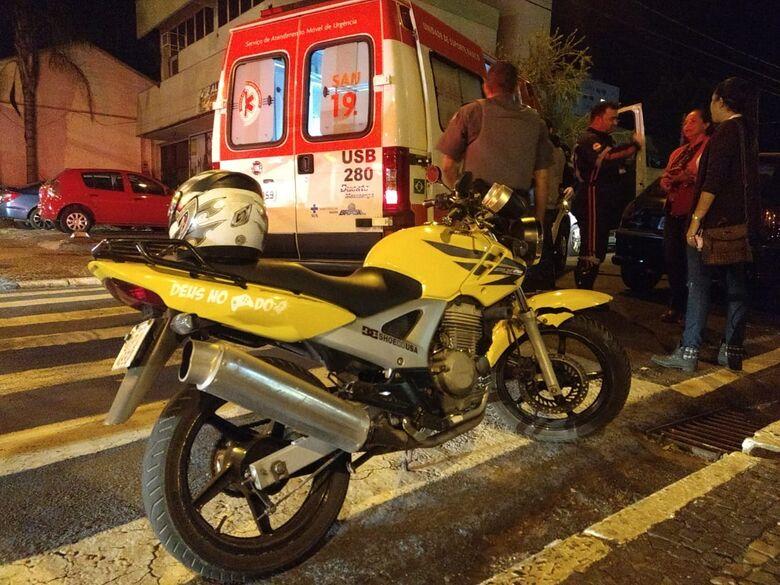 Motorista avança pare e causa acidente no Centro - Crédito: Luciano Lopes