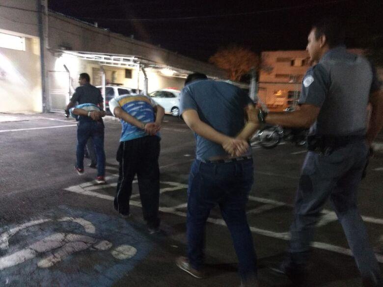 Quadrilha é presa pela Polícia Militar de São Carlos - Crédito: Luciano Lopes