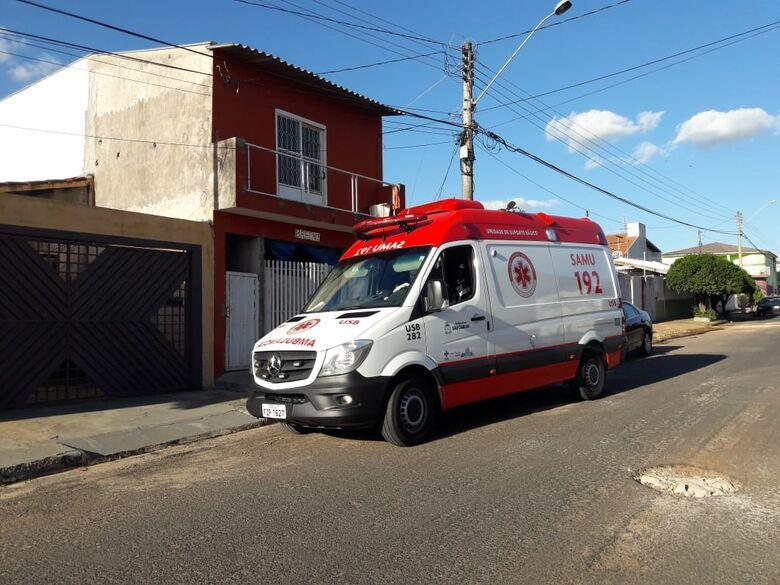 Menina de 2 anos cai de escada no Santa Felícia - Crédito: Maycon Maximino