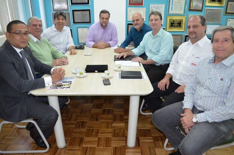 Encontro com deputado Lobbe Neto para pleitear manutenção da verba ao Sistema S - Crédito: Divulgação