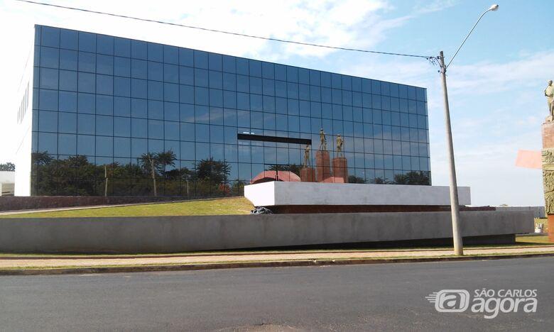 Prefeitura de Ibaté deve inaugurar novo prédio no domingo (24) - Crédito: Rota das Notícias
