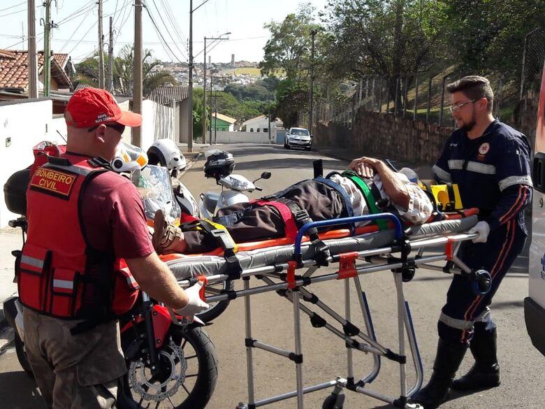 Pedreiro desmaiou e foi socorrido pelo Samu à Santa Casa - Crédito: Maycon Maximino