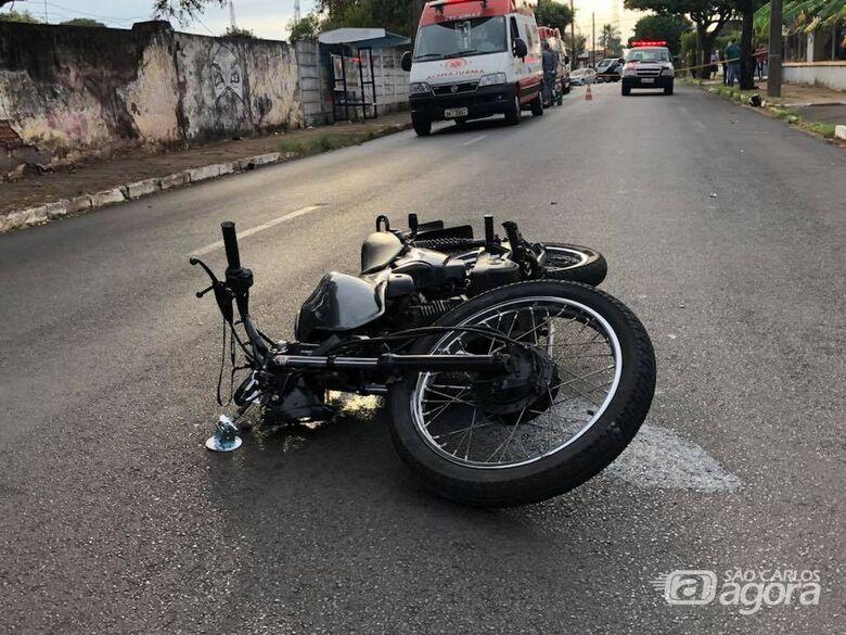 Motociclista morre após bater em poste - Crédito: Araraquara 24 Horas