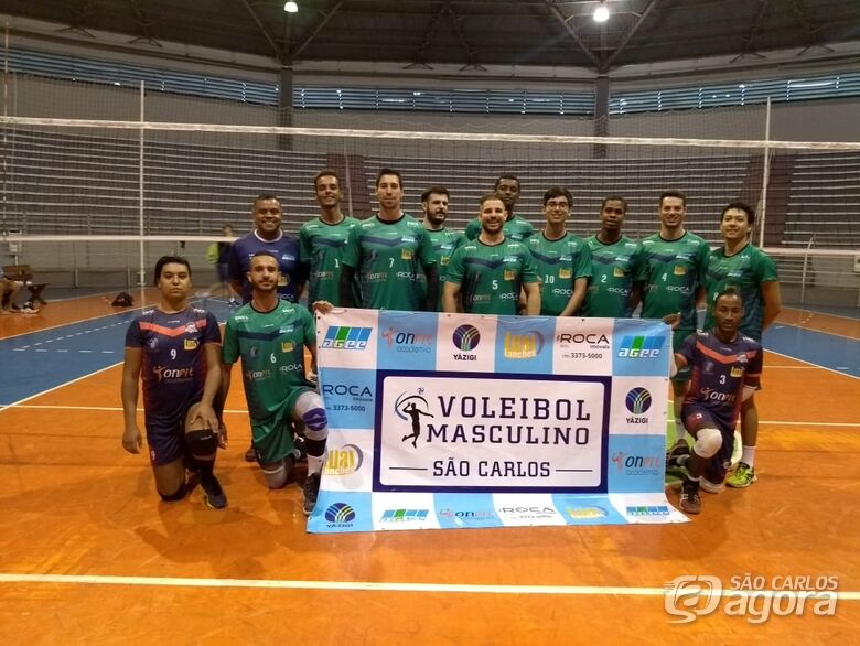 Equipe adulta busca a reabilitação no torneio - Crédito: Marcos Escrivani