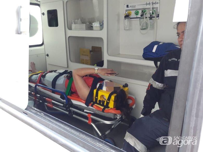 Jovem foi socorrida pelo Samu à Santa Casa - Crédito: Maycon Maximino