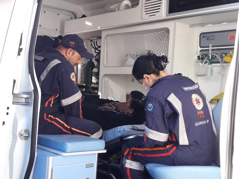 Vítima durante atendimento realizado pelo Samu - Crédito: Maycon Maximino